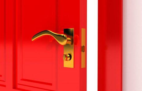 דלתות פנים עם המלצות (והתקנה חינם!)