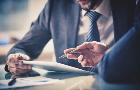 מודיעין עסקי: יש יותר ויותר אנשי עסקים שלא זזים בלעדיו