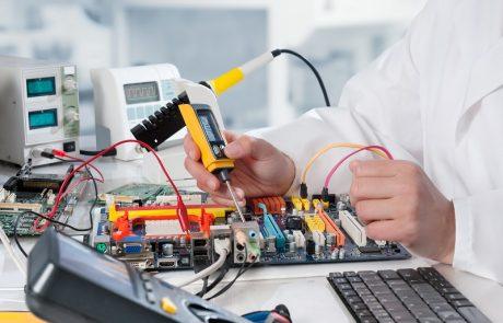 לימודי הנדסאות אלקטרוניקה: השילוב המוצלח בין טכנולוגיה, תוכנה ומקצוע מבוקש